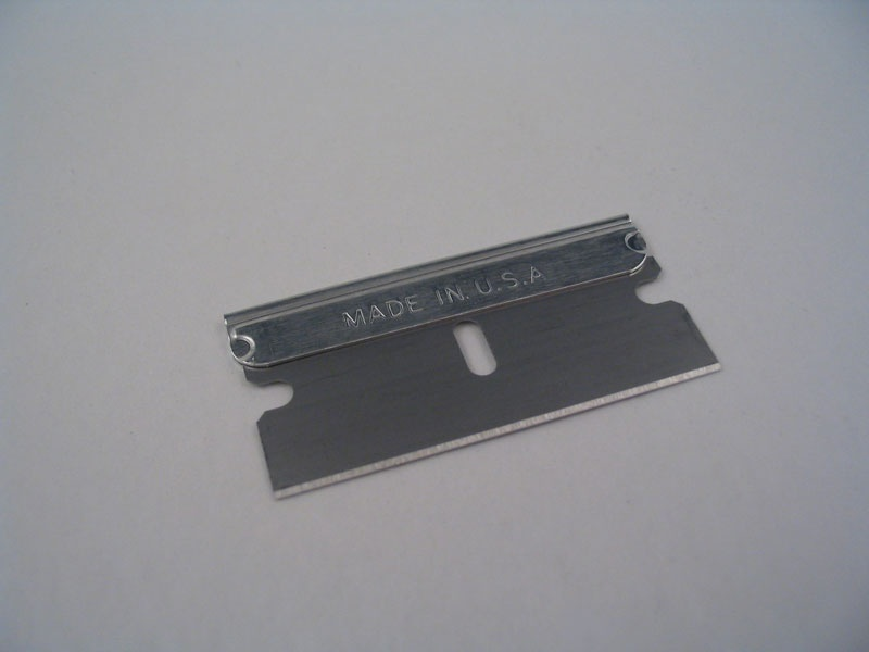 how to put a blade on a gillette edge razor