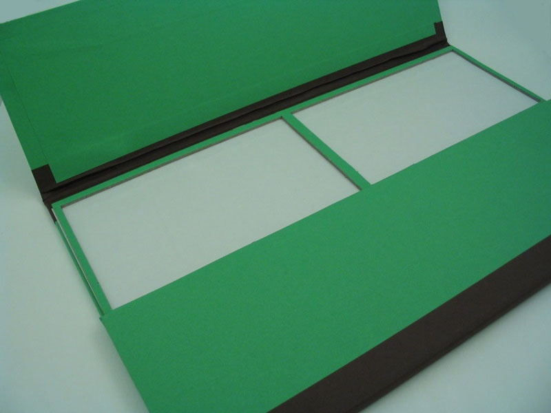 Slide Tray 24 Place Green Cardboard With Lids St24gn
